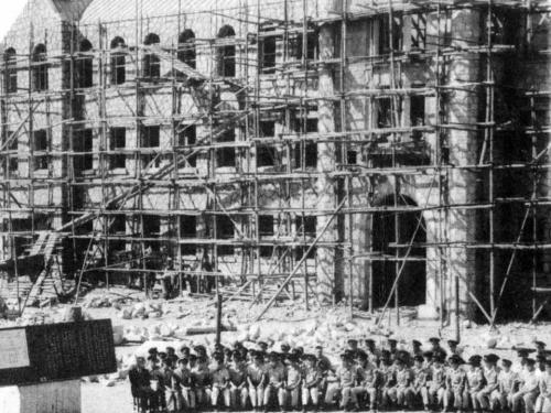 1958 십자관 건축