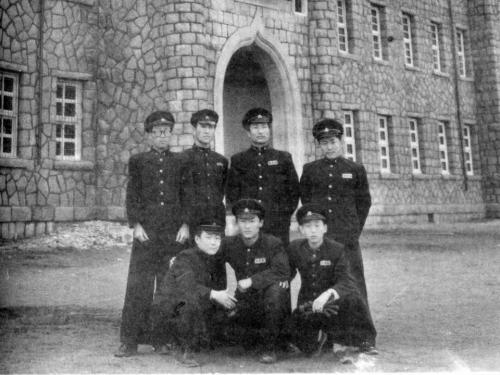 1957 교정에서