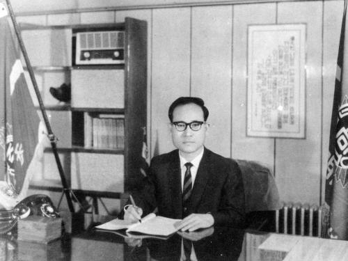 1962 설립자 김예환 교장선생님